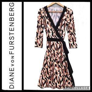 DVF Wrap Dress Taurus Abstract Print Silk Size 10